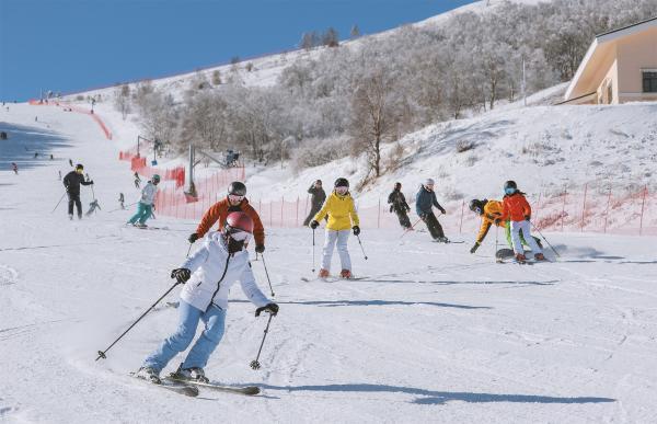 到2023年河北省冰雪旅游人次将达到5000万