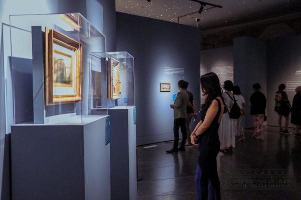 """莫奈作品《艾特勒塔》""""亲临""""北京,来法国诺曼底的光影世界·真迹展一窥究竟"""