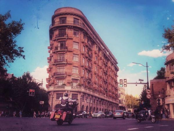 透过市民镜头赏沪上建筑之美听上海城市故事
