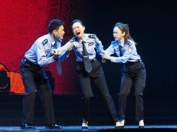 """在欢声笑语中体验""""陕西人民的欢乐喜剧节"""""""