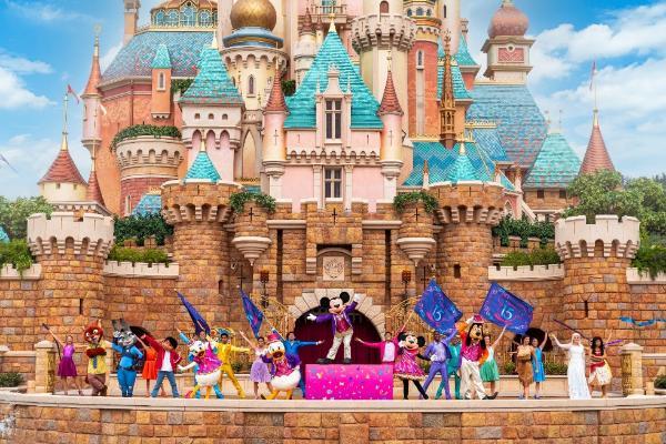 庆祝开业15周年 香港迪士尼将上演《迪士尼寻梦奇缘》户外音乐派对
