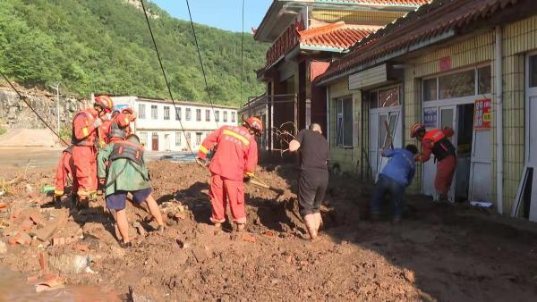 20小时紧急救援,山西蟒河景区700多名游客安全送返