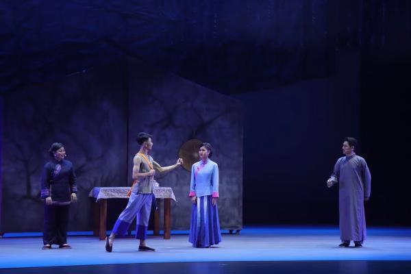 广西博白县以桂南采茶戏展现八桂革命先驱朱锡昂的信仰初心