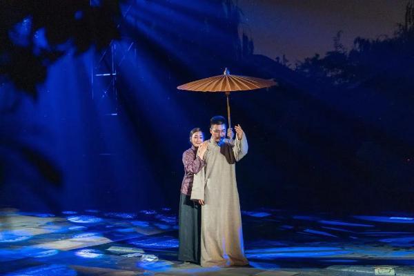 唐山首部红色主题沉浸式实景体验剧《相期吾少年》正式公演