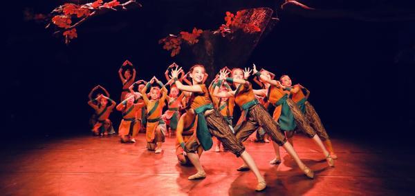 中华传统文化起源系列儿童剧《比翼鸟》在京成功演出