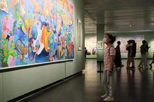湖南省首届少儿美术作品双年展 编织童心飞扬的艺术世界