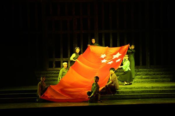 贵州花灯戏《红梅赞》:传承红色基因,弘扬革命精神