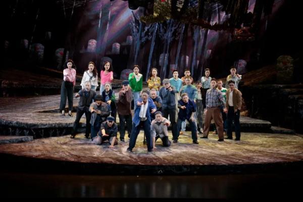 音乐剧《我的两万个兄弟》成都上演
