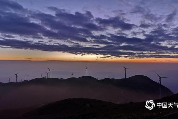 广东云浮的晨与夕