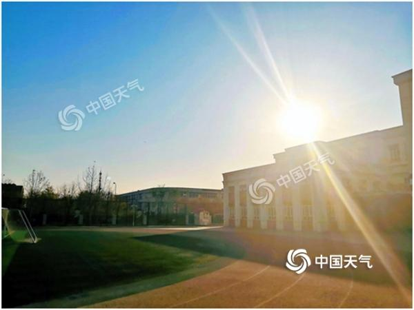 """天津今日继续""""晴冷"""" 明夜有望迎来今冬初雪"""