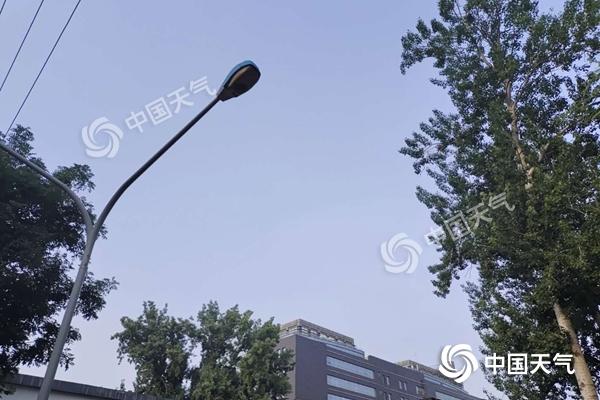 北京今日最高气温30℃午后有雷阵雨 晚高峰或受影响