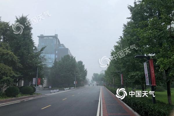 北京今晨有雾午后有雷阵雨 最高气温31℃闷热在线