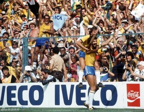 堪比亲临现场 去全球最大电视机前看世界杯