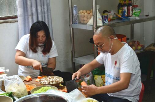 渝味晓宇携手黑珍珠营养午餐公益项目 助贫困儿童健康成长