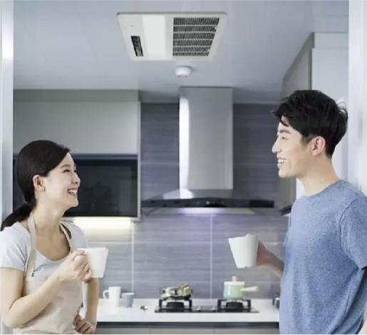 """炎炎夏日,看大金空调如何打造清新的""""森系""""厨房?"""