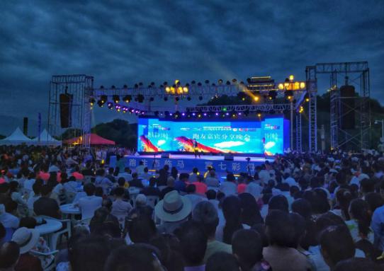 领跑枣乡丨2018临泽生态马拉松赛全纪实