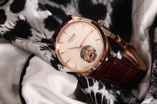 盛时网推出个性化定制服务 为中欧国际工商学院打造专属腕表