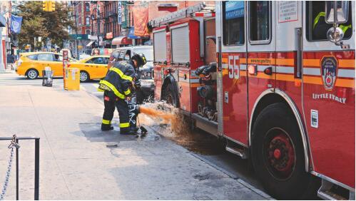 道路交通展,关注道路安全与应急救援