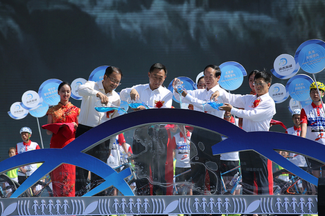 青甘宁壮美风景迎宾客 第17届环湖赛盛大开幕