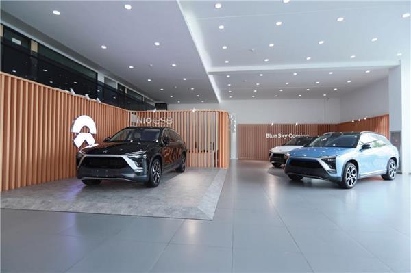 杭州首台蔚来ES8交车,海通和蔚来的合作给汽车消费者带来更多便利