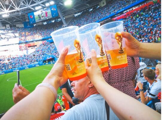利郎携20名VIP远赴俄罗斯,燃爆世界杯最终章!