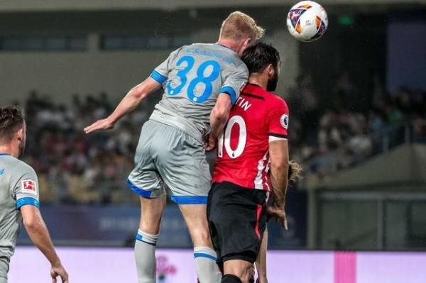 2018茵宝&沙尔克04中国行昆山友谊赛:新球衣,新风貌,新未来