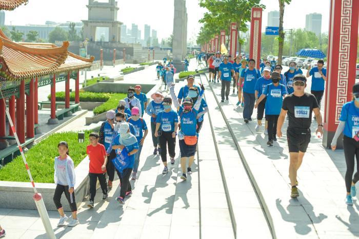 百城铂爱银川站 :千人徒步共赏城市发展新貌