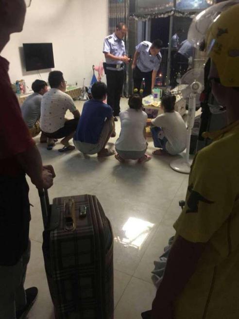 美团小哥协助警方破获传销案 解救被困人员