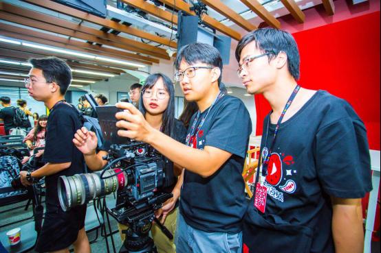 """助力""""奇想青年π""""短视频大赛,西瓜视频举办奇想青年营扶持优秀大学生"""