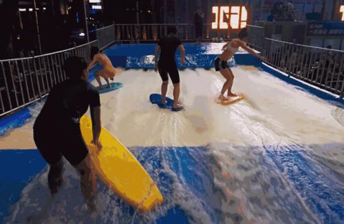 京西潜水、冲浪好去处!五棵松华熙有了新玩法!