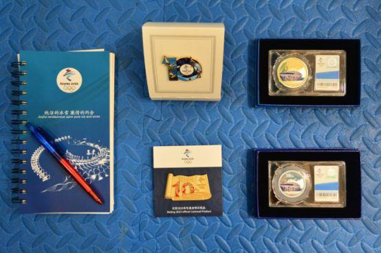 """""""经典菜百,燃情奥运""""——北京2008年奥运会10周年纪念产品火热上市"""