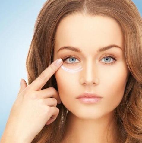 25岁后你必须知道的眼部护理秘诀,不知道会比同龄人老十岁