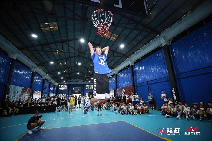 篮战三对三现《这!就是灌篮》学员 民间赛事探索篮球草根成长新模式