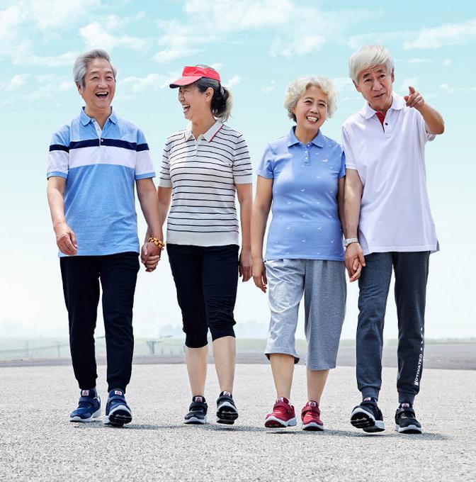 老人运动易损伤 如何帮助爸妈科学健身?
