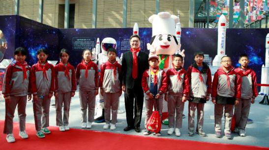 航天精神中华行西安首秀 康师傅用航天品质开启美味新时代