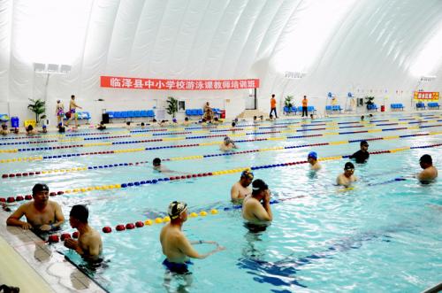 创新体教结合 约顿气膜助临泽县全面普及中小学游泳课程