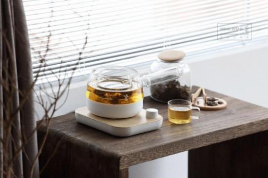 鸣盏三合一煮茶器:与佛系养生90后的轻茶饮对话