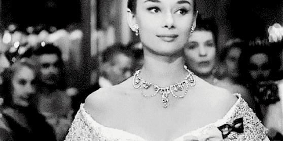 奥黛丽·赫本告诉你,为什么欧菲姿office能打造出女人的优雅