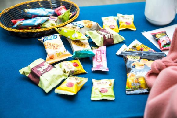 达令家与徐福记签署战略合作协议,深化快消食品行业布局
