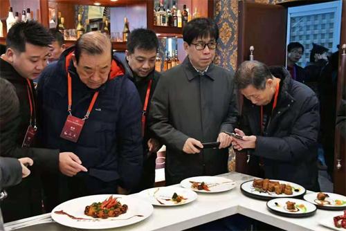 """""""鲁花杯""""中餐烹饪世锦赛落幕 中国新""""厨神""""诞生"""