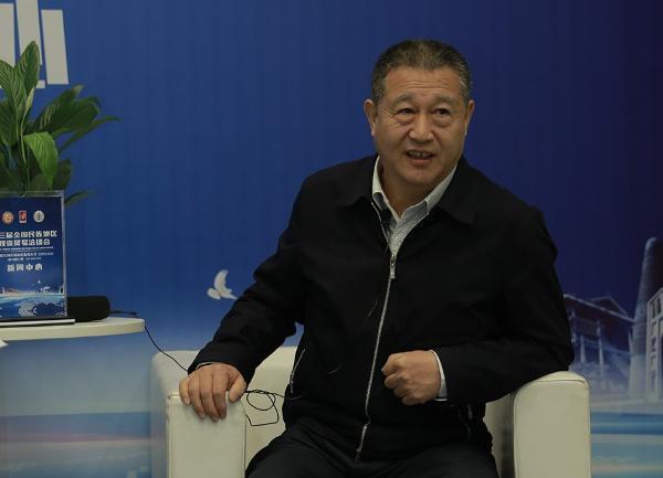 张庆伟:民族地区脱贫攻坚要与乡村振兴战略