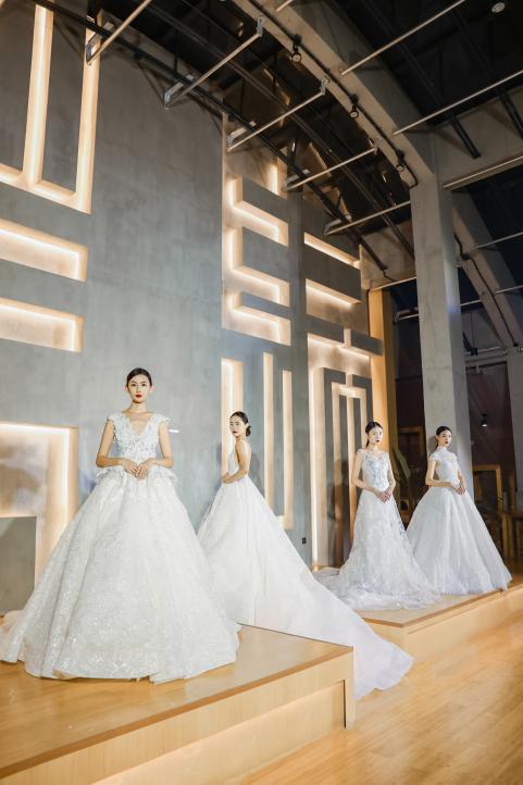 时尚之都邂逅艺术原本 SHINE茜恩婚纱高定静态展