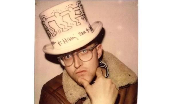 入手爱慕Keith Haring合作款正当时 让新春更红火