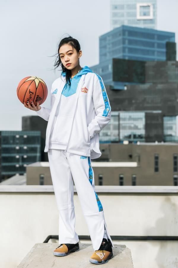 "WCBA全明星周末呼市上演,匹克助力女篮明星""惊艳绽放"""