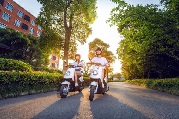 连续2年领跑行业,雅迪电动车为何如此受欢迎?