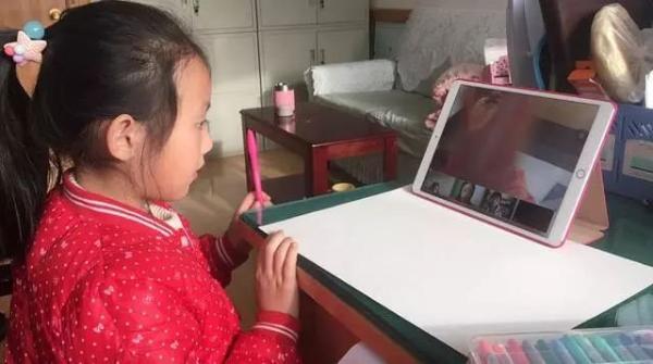 人物丨独家对话「画啦啦」教研中心负责人,探讨5~8岁儿童线上美术教育的现状与未来