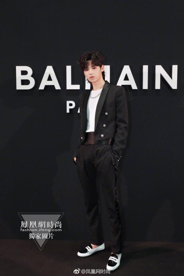 Justin黄明昊——站在16岁的尾巴上解读时尚
