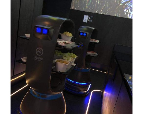 """""""舌尖上的黑科技"""" 机器人餐厅机器人体验记"""