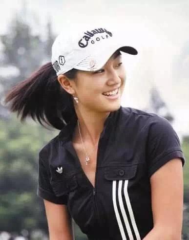 罗原晓惠 — 为圆高球梦拒绝世界五百强企业的执着女孩