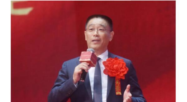 杨铿:以新思维赋能传统产业,拓展广阔空间
